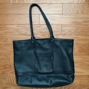 HALOGEN Pebbled Leather Tote